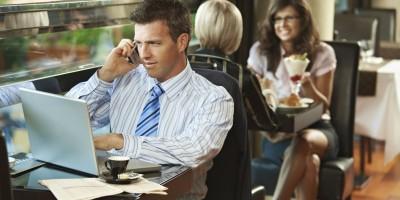Как безопасно пользоваться общественным Wi-Fi