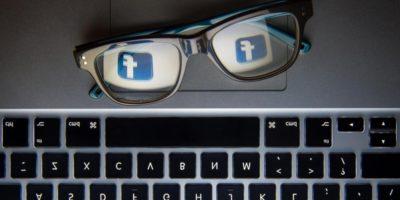 Госслужащих в России обязали выдать личные аккаунты в соцсетях и блогах