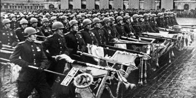 За репосты фотографий с парада победы перестанут штрафовать